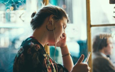 11 Amazing Podcasts for Women That Will Inspire You